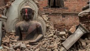 Nepal quake Buddha